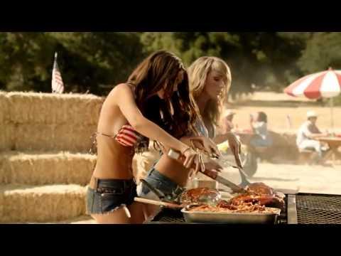 Sara Underwood & Emily Ratajkowski in BBQ's Best Pair from Carl's Jr. and Hardee's