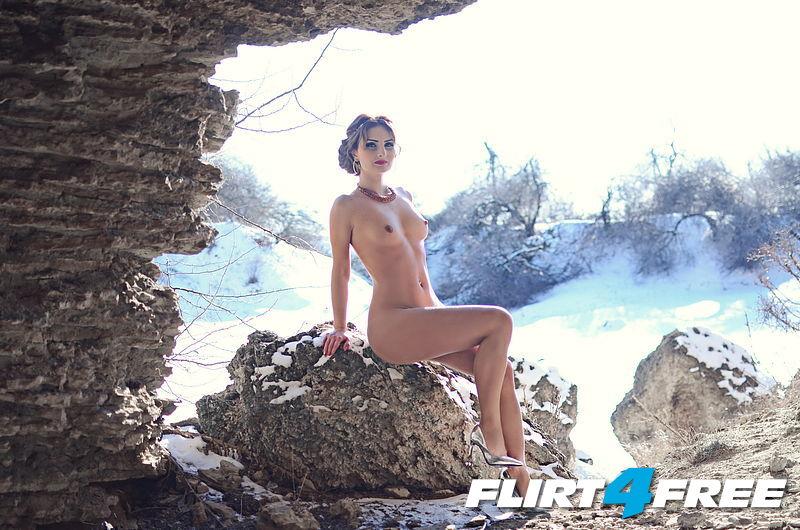 Eryka K from Flirt4Free posing nude in snow