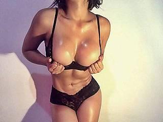 Michelle Leuin from Flirt4Free