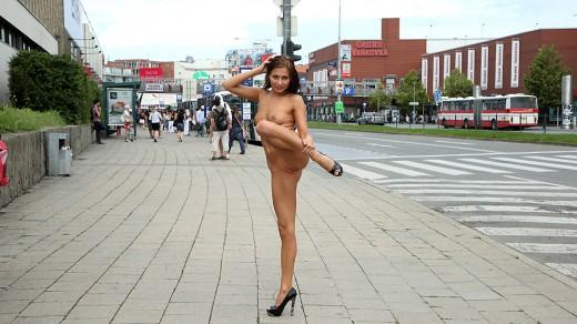 Michaela Isizzu nude in public | ALS Scan