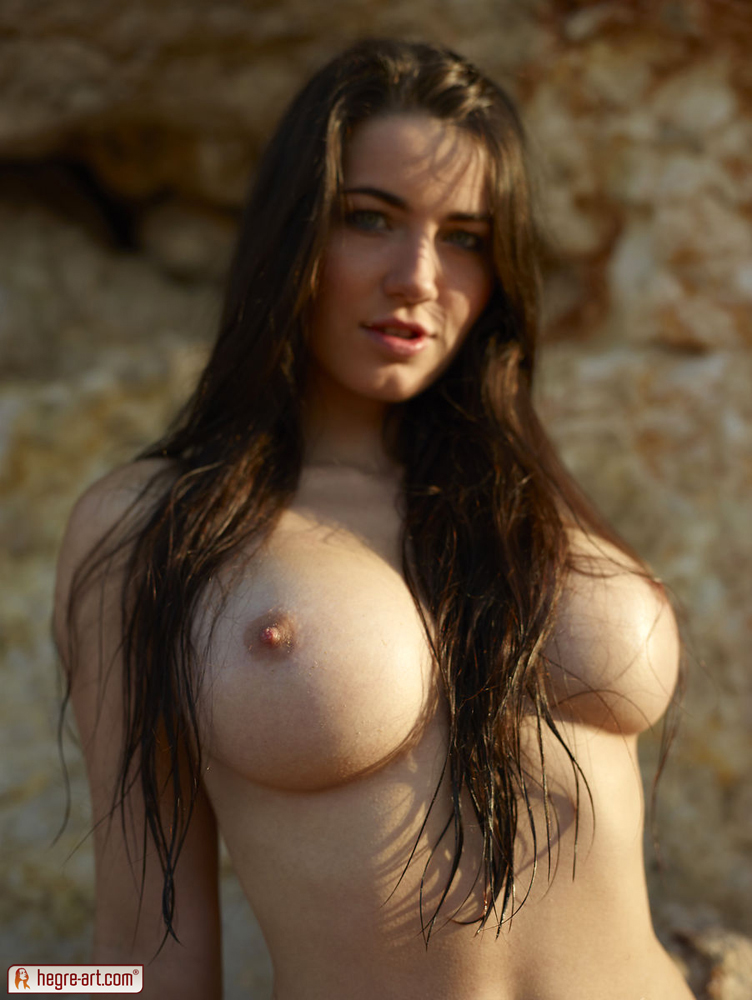 topless Yara | Hegre Art