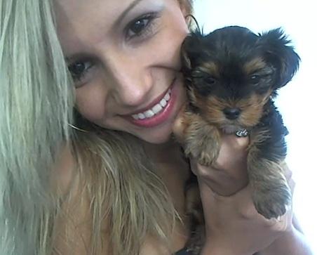 blonde Juliana Candi from My Free Cams