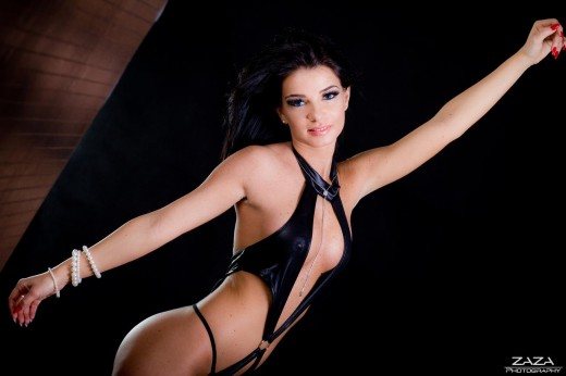 Aileennxxx from MyFreeCams in sexy black lingerie