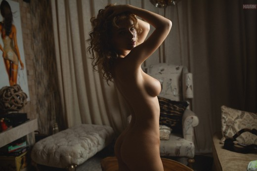 stunning nude girl with curly hair | Mavrin