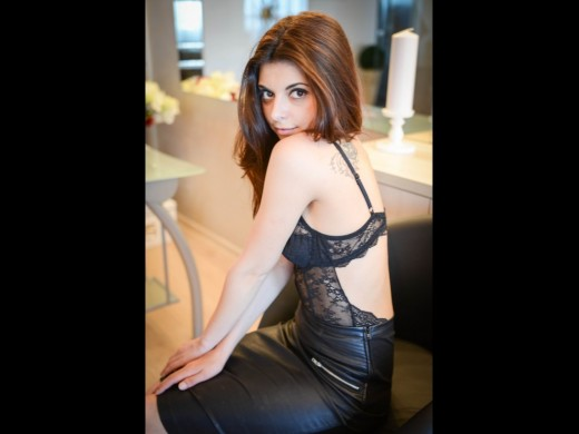 Minnaxxx from Live Jasmin in leather skirt and lace bra