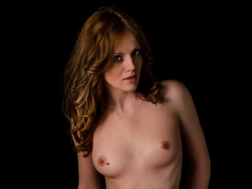 topless NikaSexxx