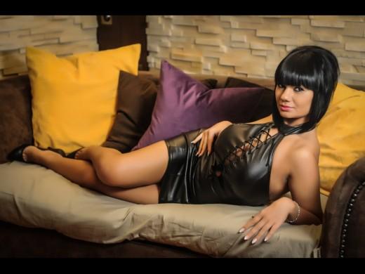0000SexyGia aka Giaa in black leather mini dress