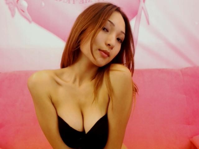 Asian LitleJasmine from MyFreeCams