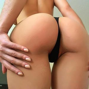 StunningAna from MyFreeCams booty