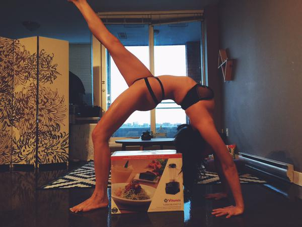 acrobatic pose by MFC NovaBellaxoxo wearing lingerie