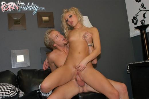 Aurora Snow fucking Ryan Madison | PornFidelity
