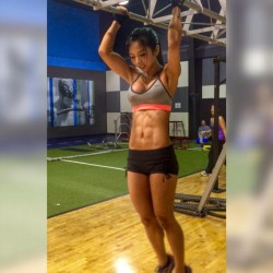 Lexi Vixi working out at the gym