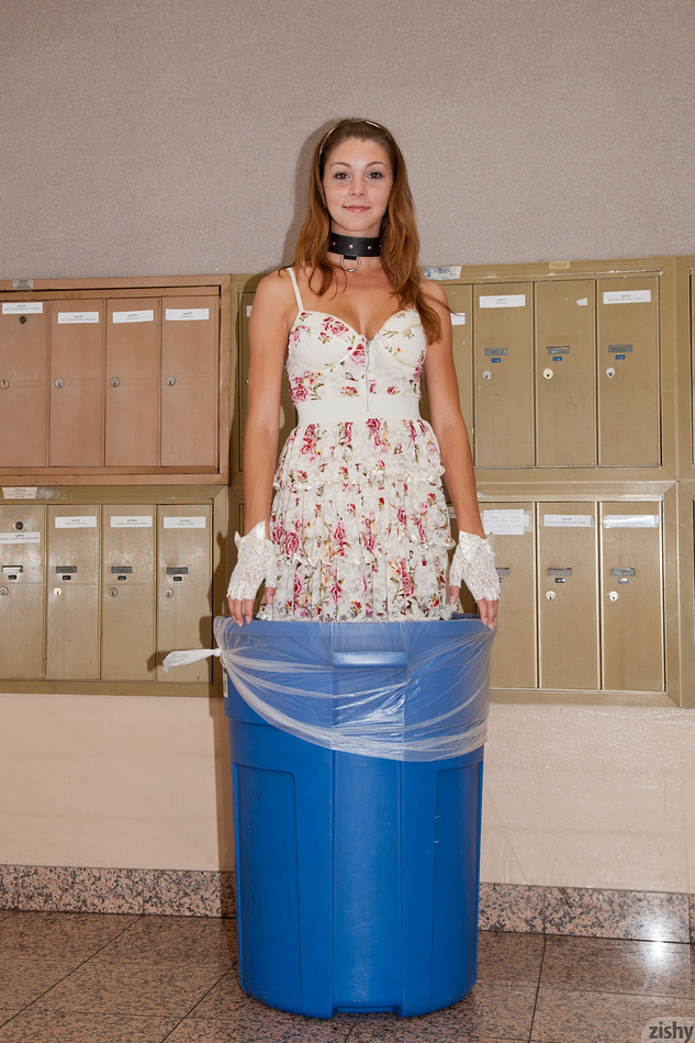 Amber Sym posing in garbage bin | Zishy