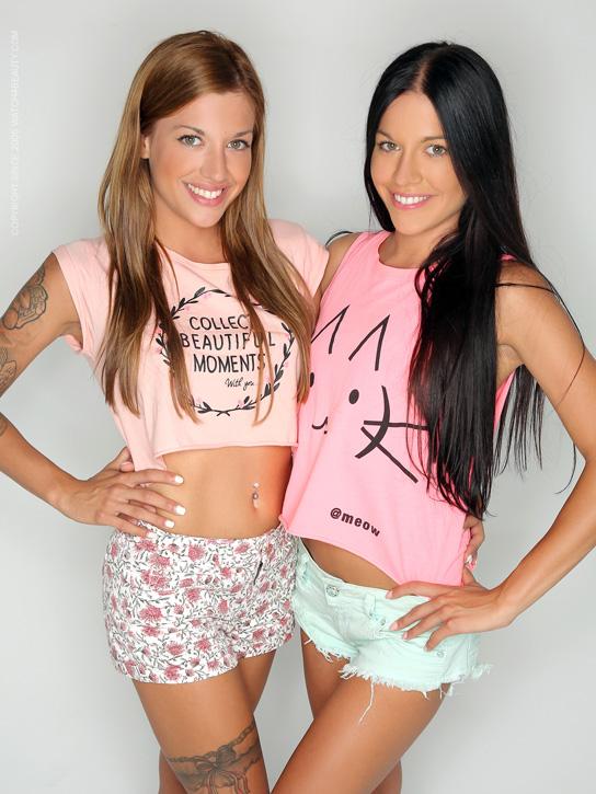 Dellai Twins: Silvia Dellai & Eveline Dellai   Watch4Beauty