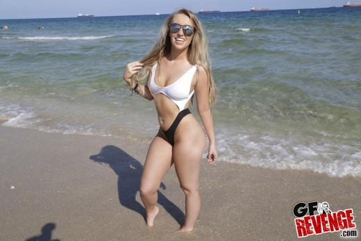 Harley Jade in swimsuit at the beach | GFrevenge