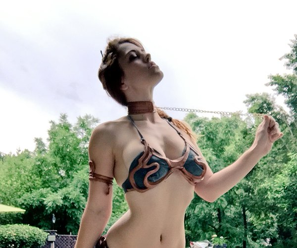 Star Warscosplay with MFC Miss Molly as slave girlPrincess Leia