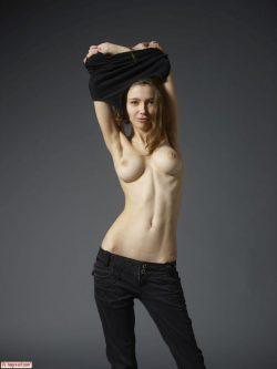 topless Milla aka Mila Azul | Hegre Art