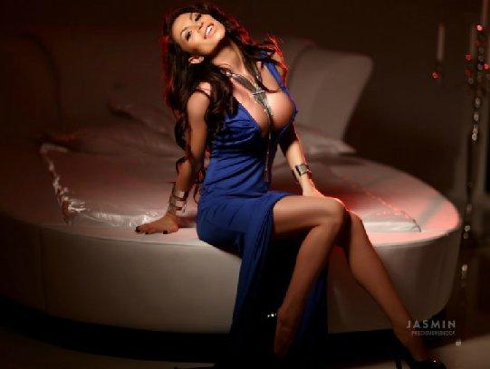 busty camgirlPreciousRebecca n classy dress