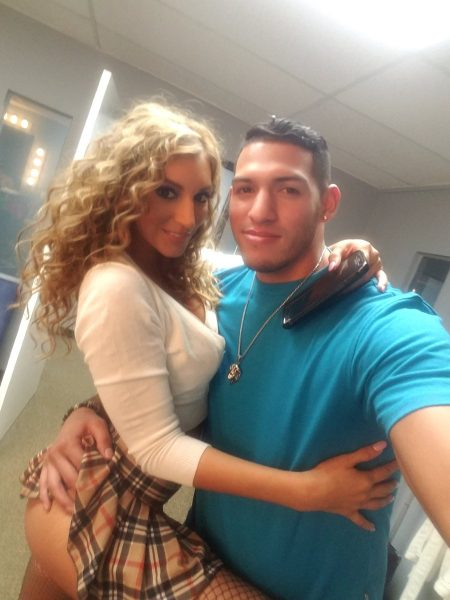 Moka Mora with Tony Martinez‏ selfie