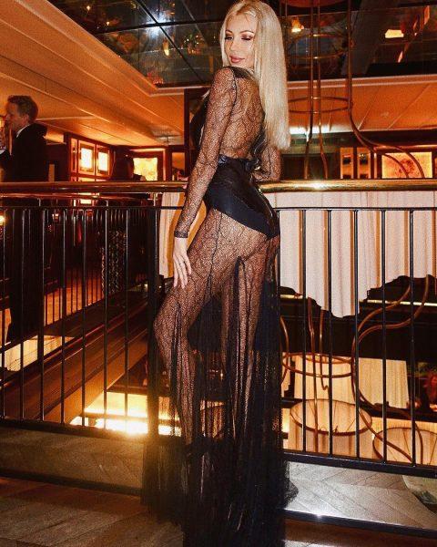 Dasha Belize Kononovich shows off sexy legs in hot dress