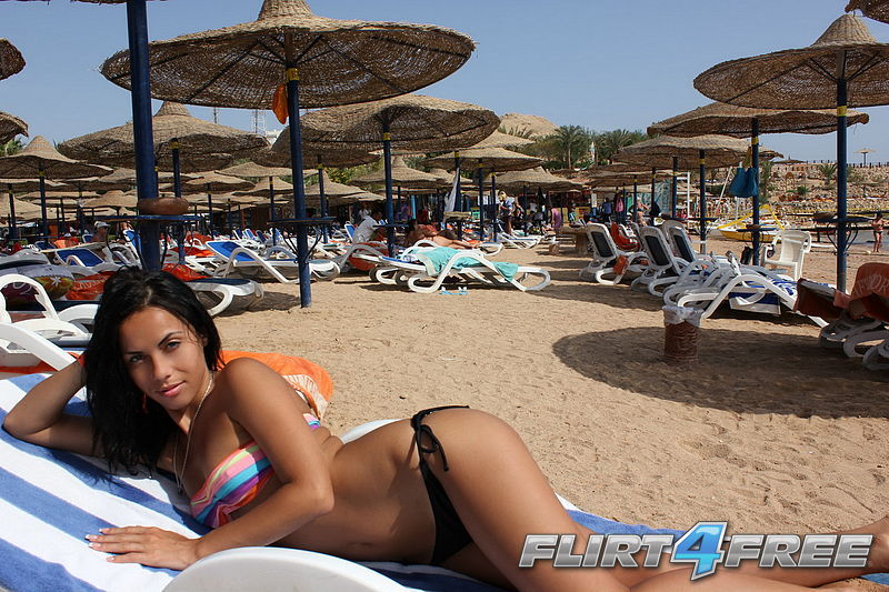 Ilithya from Flirt4Free at the beach