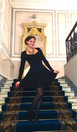 beautiful MFC AspenRae in little black dress