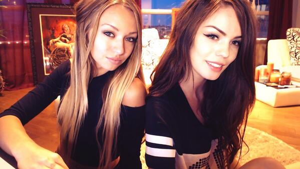 MyFreeCams cam girls Ana Foxx & Brina