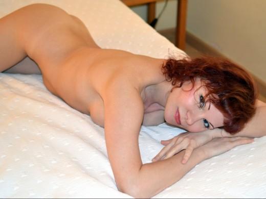 nude ClaritaSweet from Live Jasmin