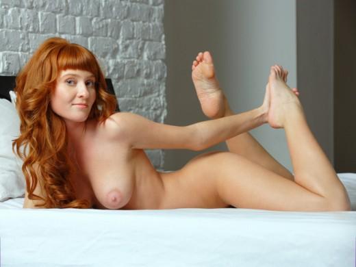 naked MFC ElizabethFoxy
