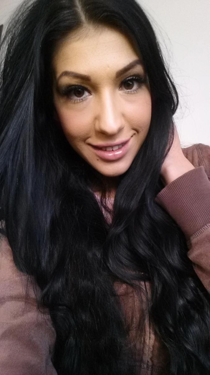 GinaMillan from MyFreeCams
