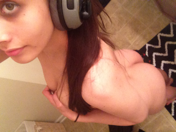 nude Manxome from My Free Cams