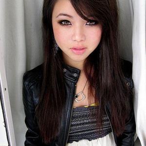 18yo Asian camgirl OfeliaNight from MyFreeCams