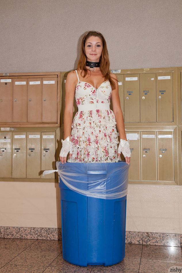 Amber Sym posing in garbage bin | Zishy | NSFW Girls