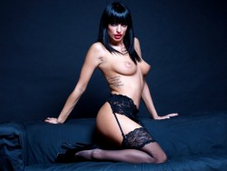 topless 00AltheaHot from LiveJasmin
