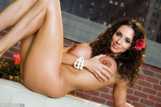 nude latina MILFAriella Ferrera   Penthouse