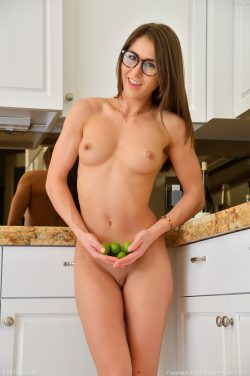 nude Paige Owens wearing glasses | FTVgirls