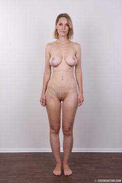 Tereza 7922 poses naked | CzechCasting