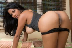naked latina Kendra Roll | Watch4Beauty